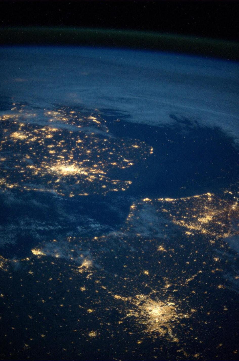 Paris & London photographed from the ISS by Luca Parmitano