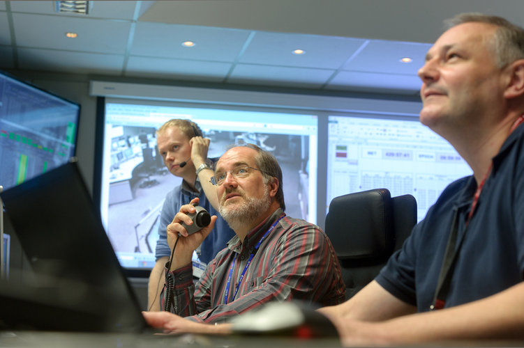 Experts at ESOC provide realistic training for mission control teams