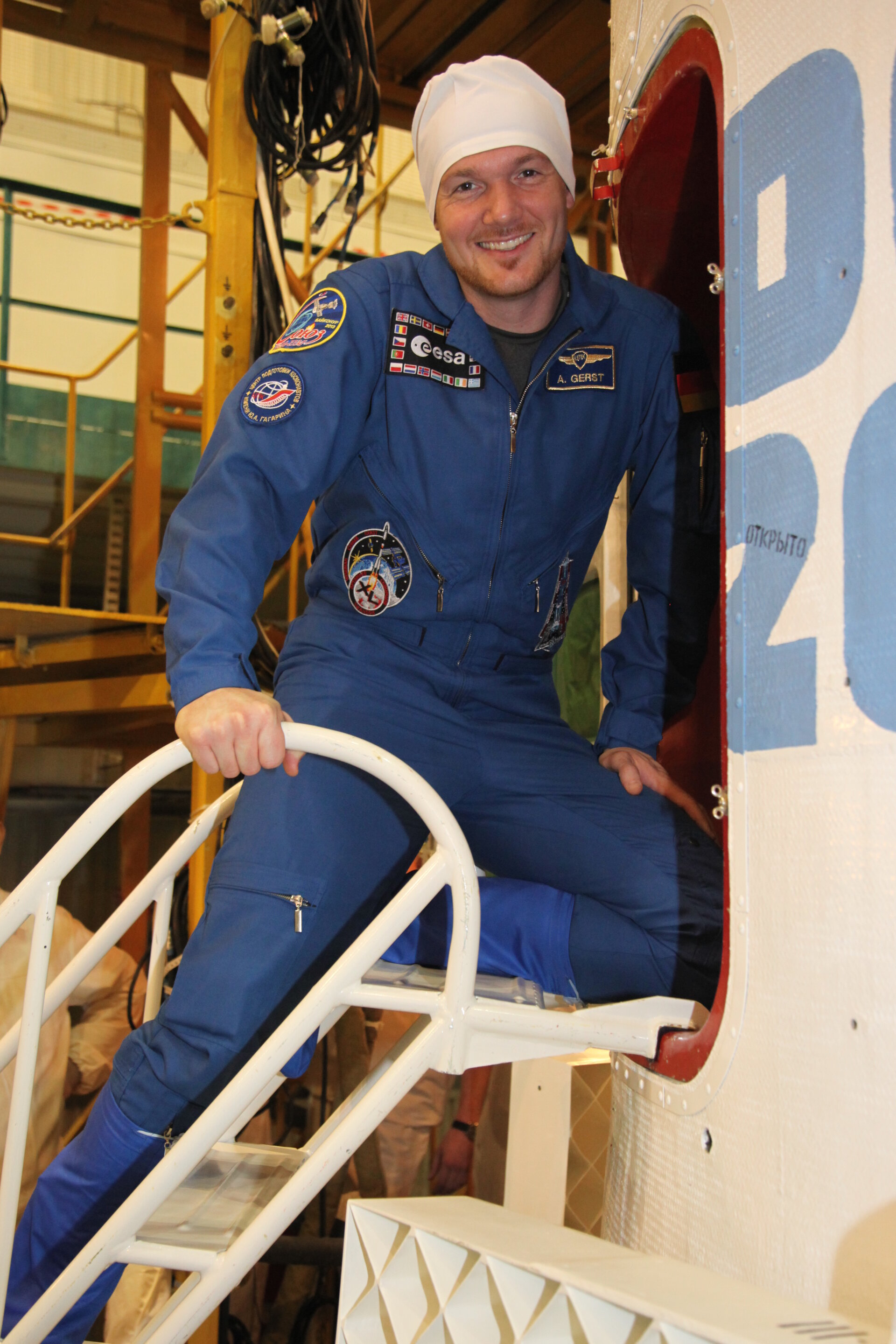 Alexander Gerst in the Integration Facility at the Baikonur Cosmodrome