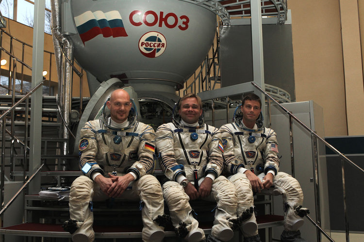 Expedition 38/39 backup crew members