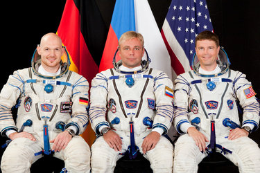 Expedition 38 backup crew members
