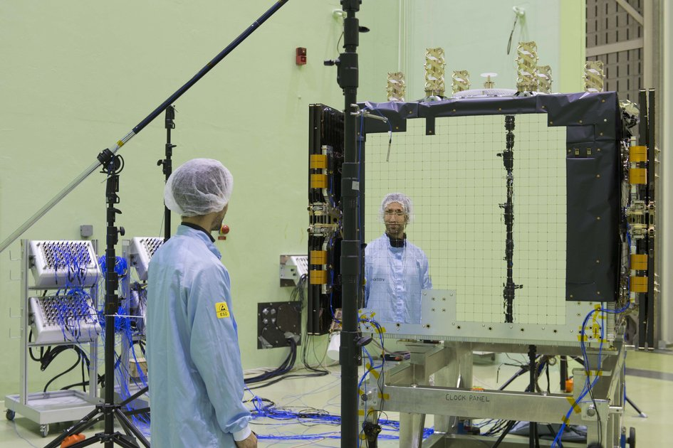 Galileo FOC FM2 being prepared for LEAF testing