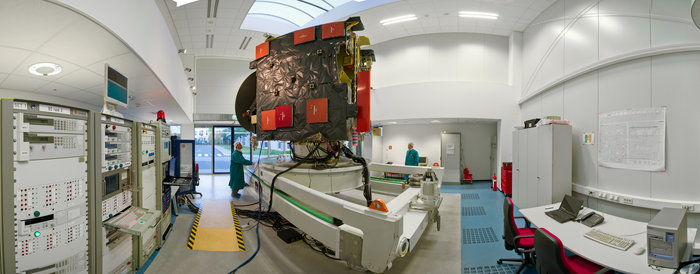 Rosetta's full-size engineering replica is located at ESA/ESOC and is used for software validation and testing