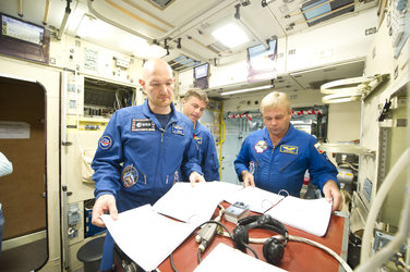 Expedition 40/41 prime crew during training