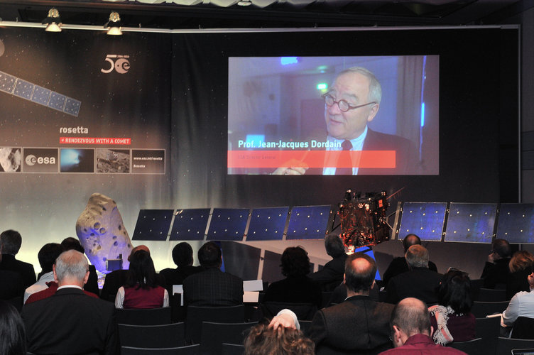 Jean-Jacques Dordain 'Waiting for Rosetta to wake up' ESA/ESOC 20 January 2014