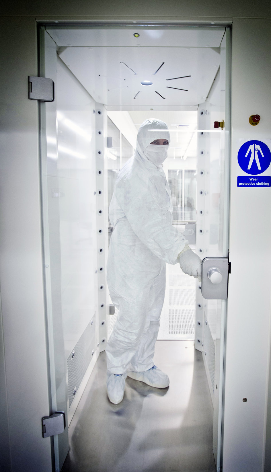 Life, Physical Sciences & Life Support Laboratory clean room