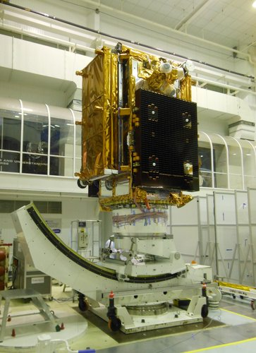 Sentinel-1 under mechanical tests