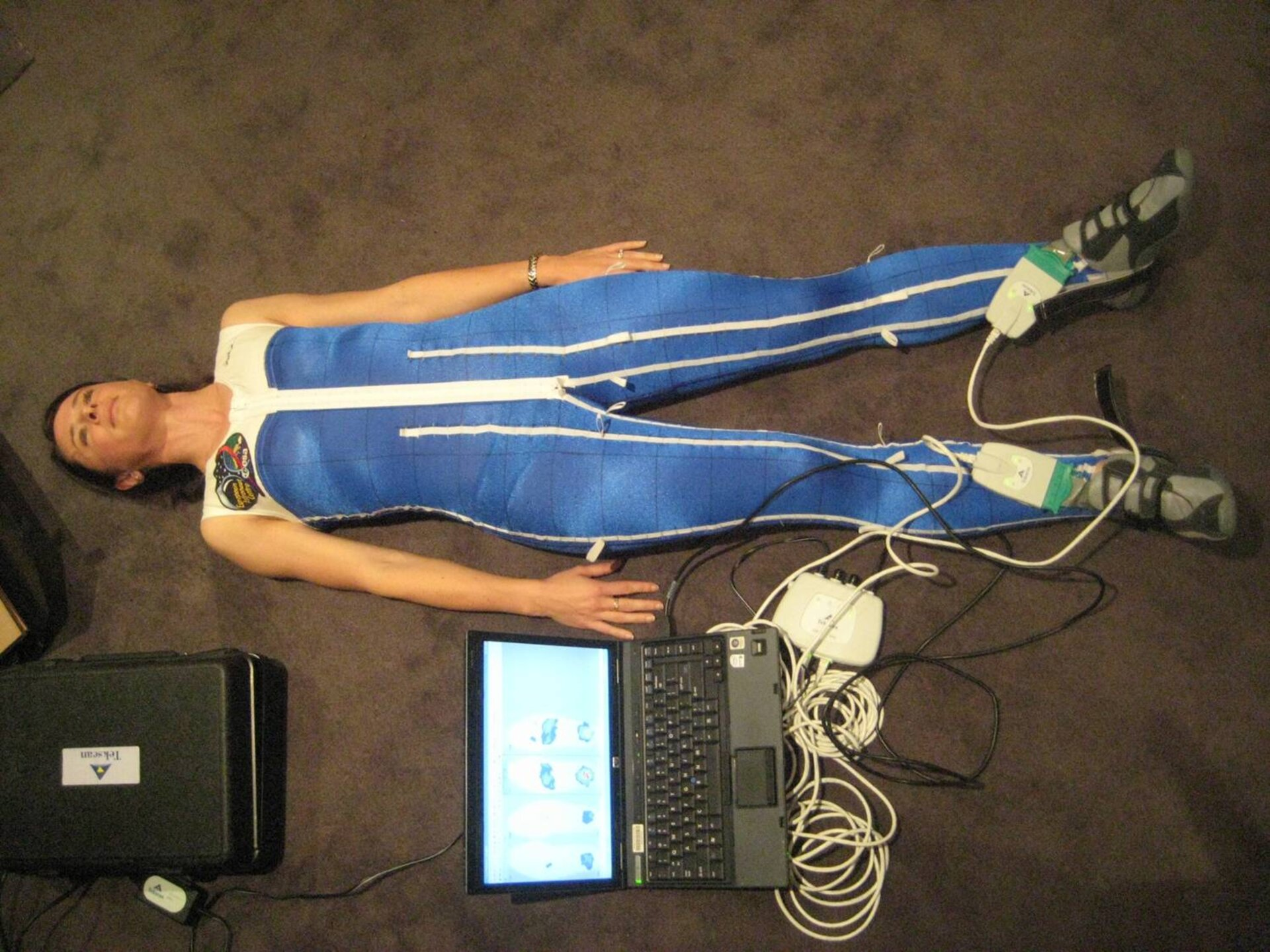 Measuring Skinsuit force