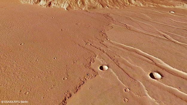 Lavaflod oversvømmede Mars-slette