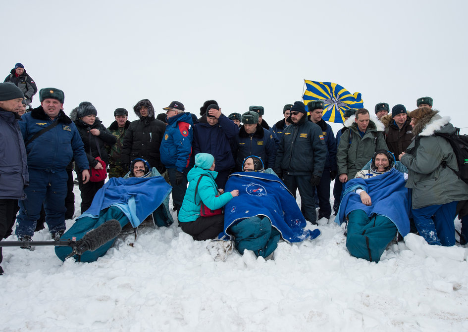 Expedition 38 Soyuz TMA-10M Landing