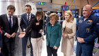 [1/5] Angela Merkel and Mark Rutte visit NL Space booth at Hannover Messe