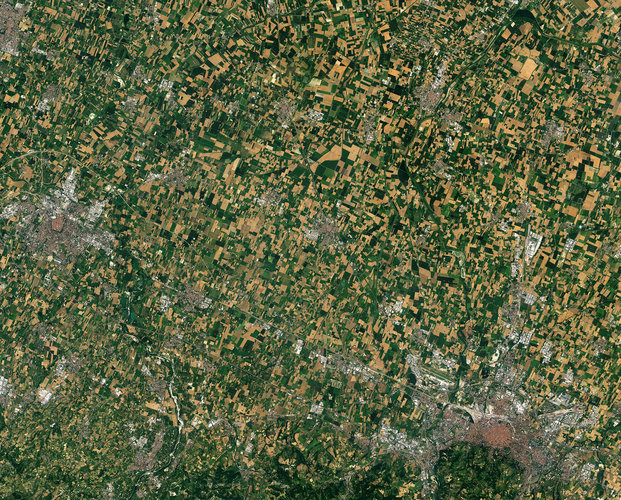 Hundreds of fields surround the city of 'Hundred'