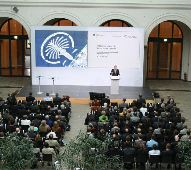 Nationales Forum für Fernerkundung und Copernicus 2014