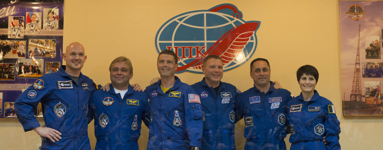 Expedition 40/41 prime and backup crew members at the press conference
