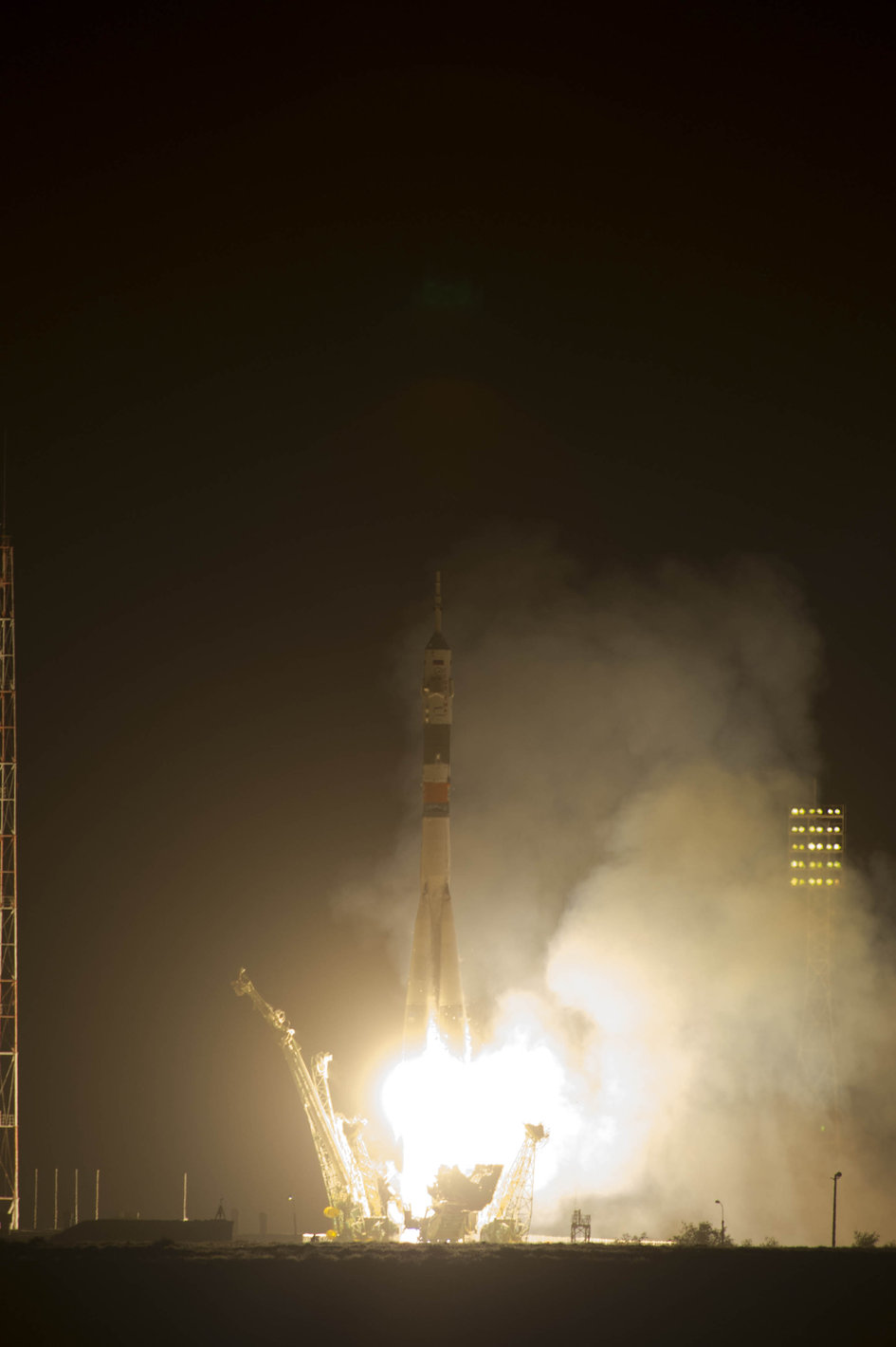 Liftoff of Soyuz TMA-13M on 28 May 2014