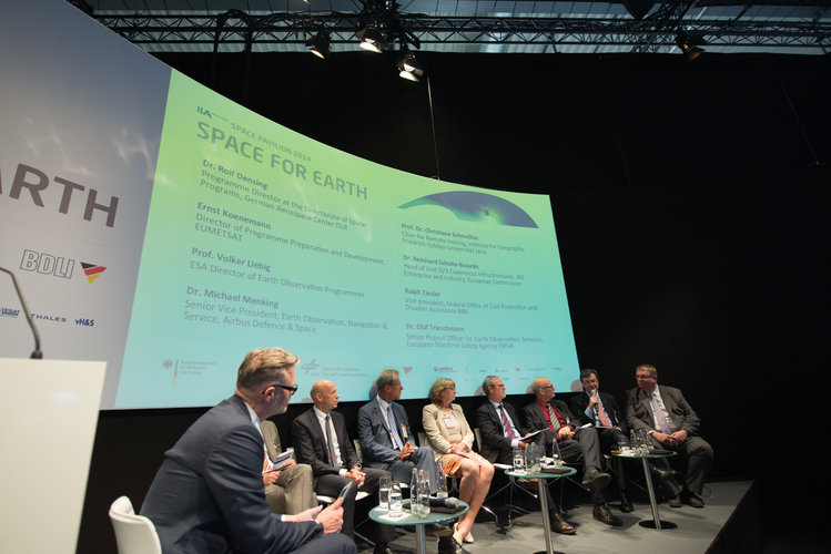 Panel discussion on Earth Observation