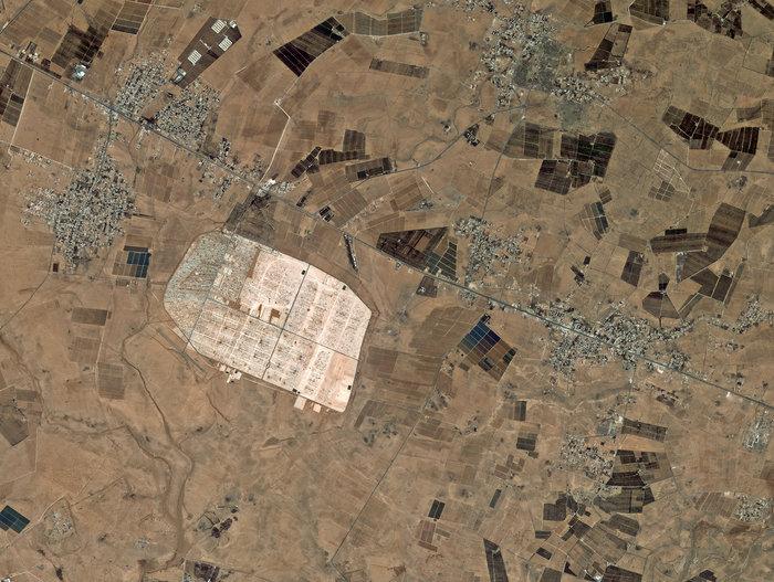 Space In Images 2014 05 Zaatari Refugee Camp Jordan