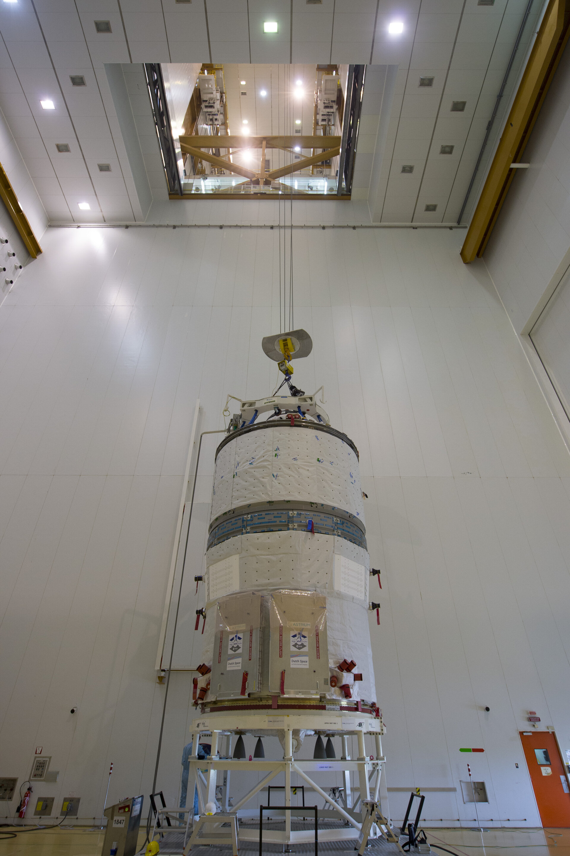 ATV-5 prepared for integration on the Ariane 5 launcher