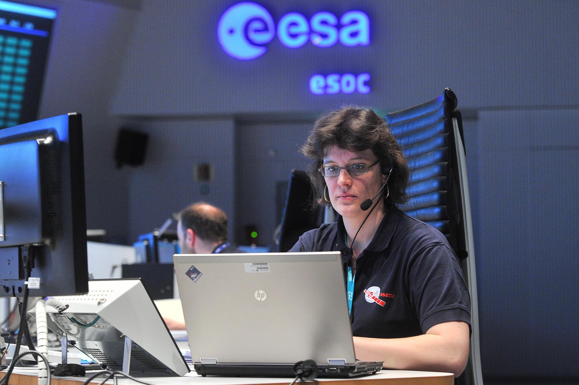 Space in Images - 2014 - 06 - ESOC Rosetta