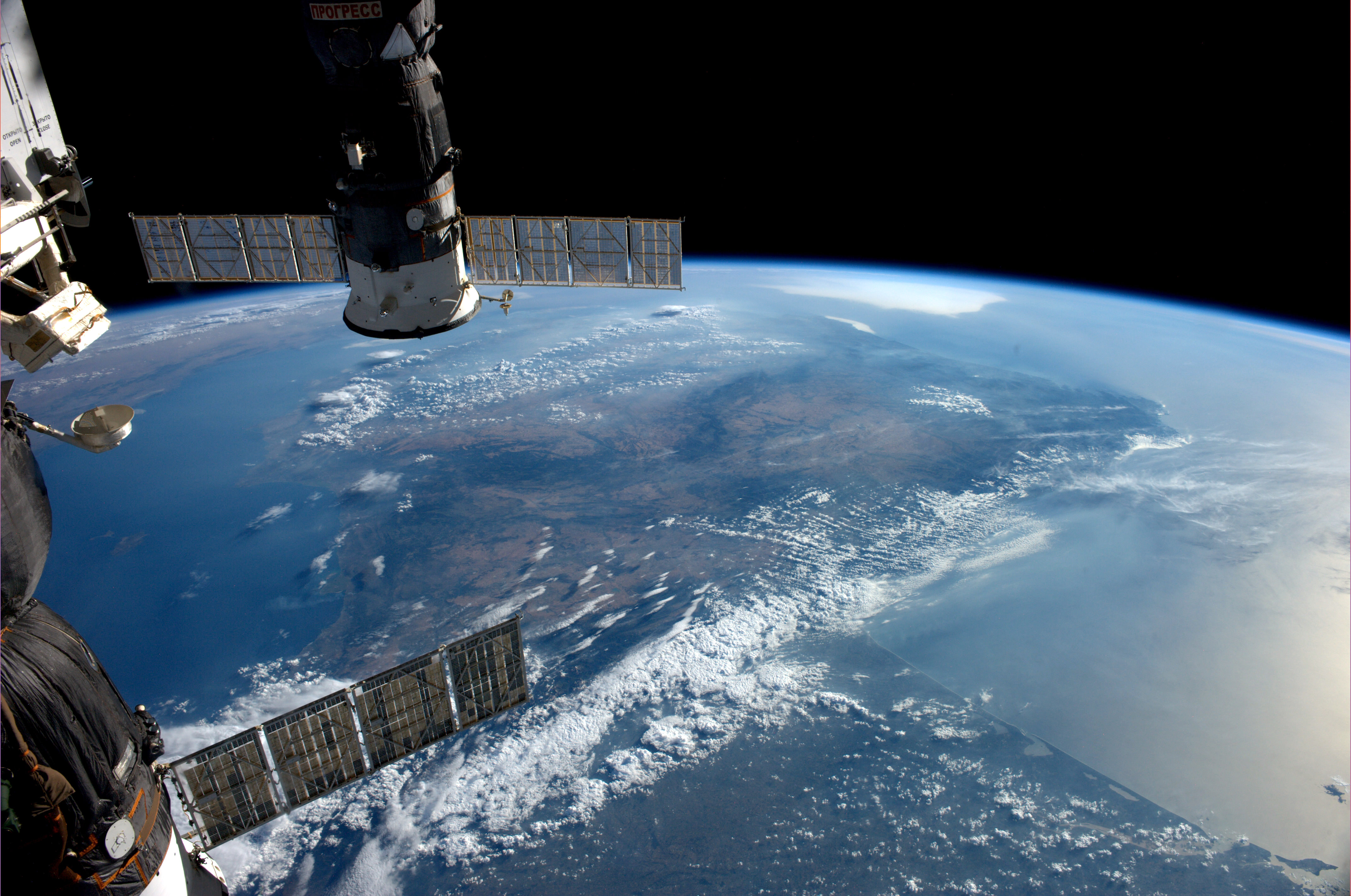 international space station from earth to current transportation - photo #47