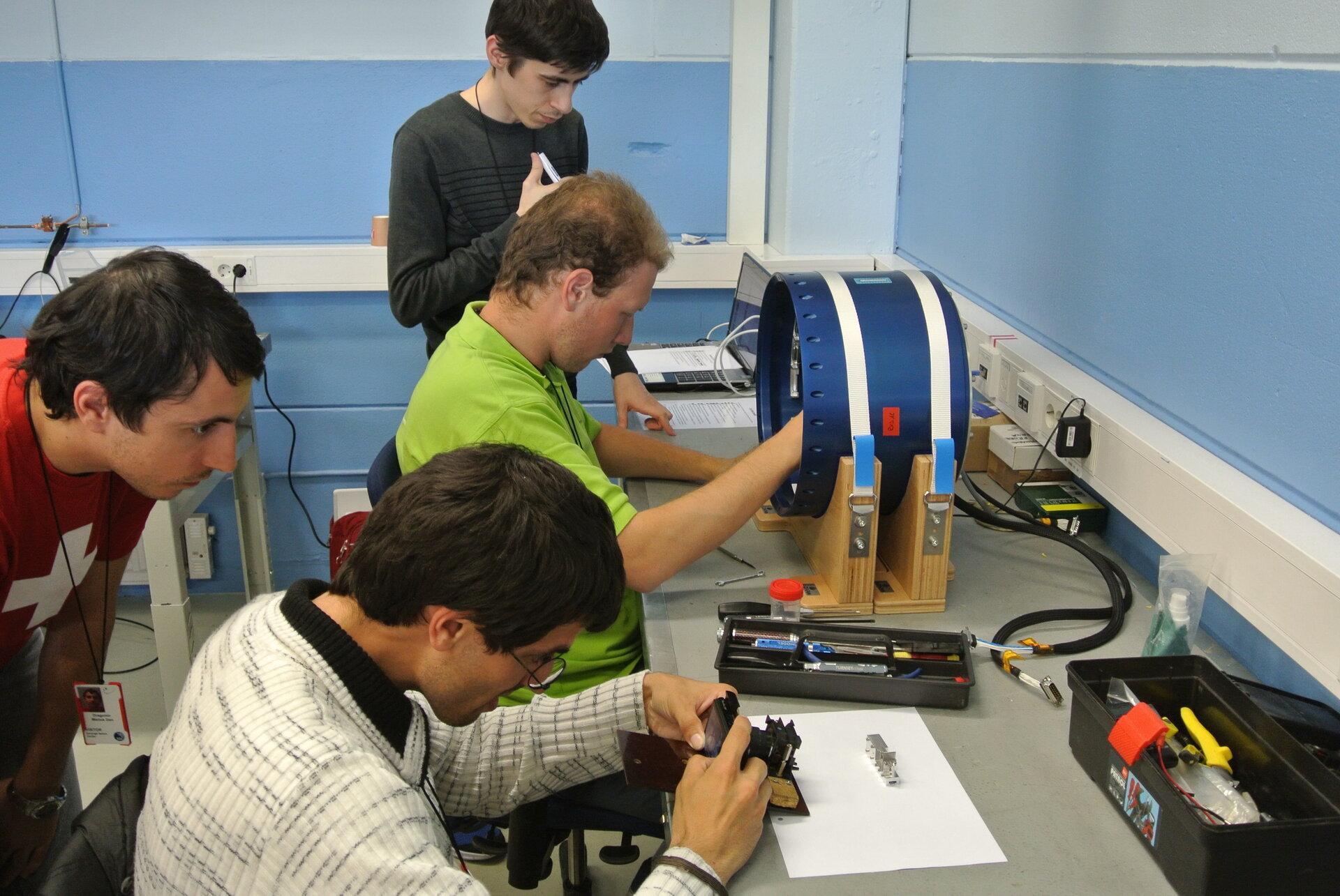The REXUS 16 - LOW GRAVITY students are preparing their experiment for flight