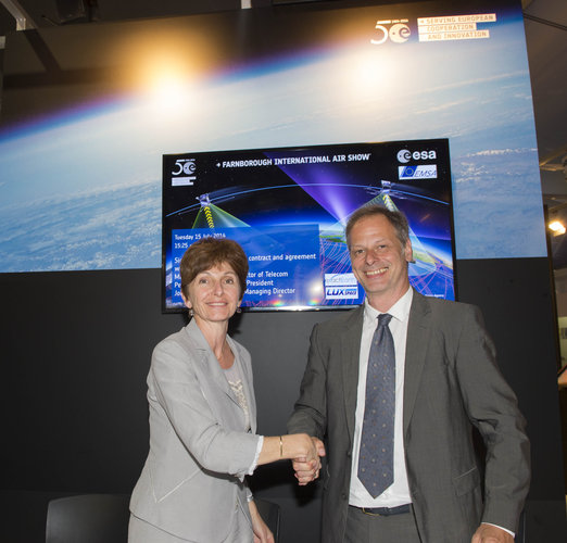 Development contract signed between ESA and LuxSpace