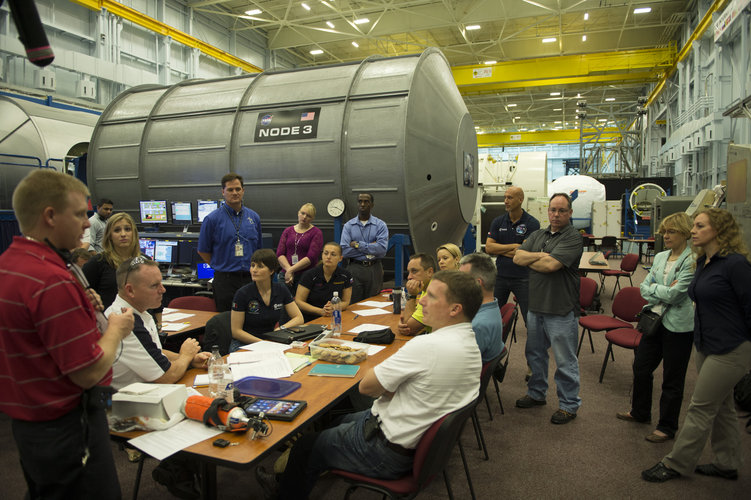 Expeditions 41/42 and 42/43 crew members during training at JSC