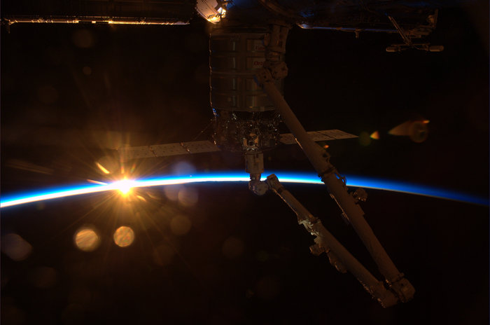 sunrise from international space station - photo #46