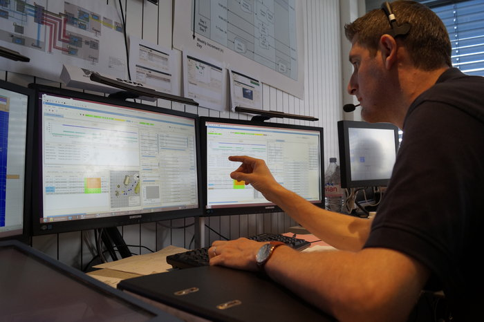 Operations Manager Paul Steele on console in the Rover communications control room at ESOC, Darmstadt, Germany
