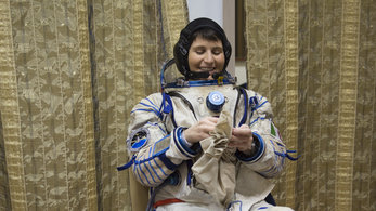 her space suit - photo #49