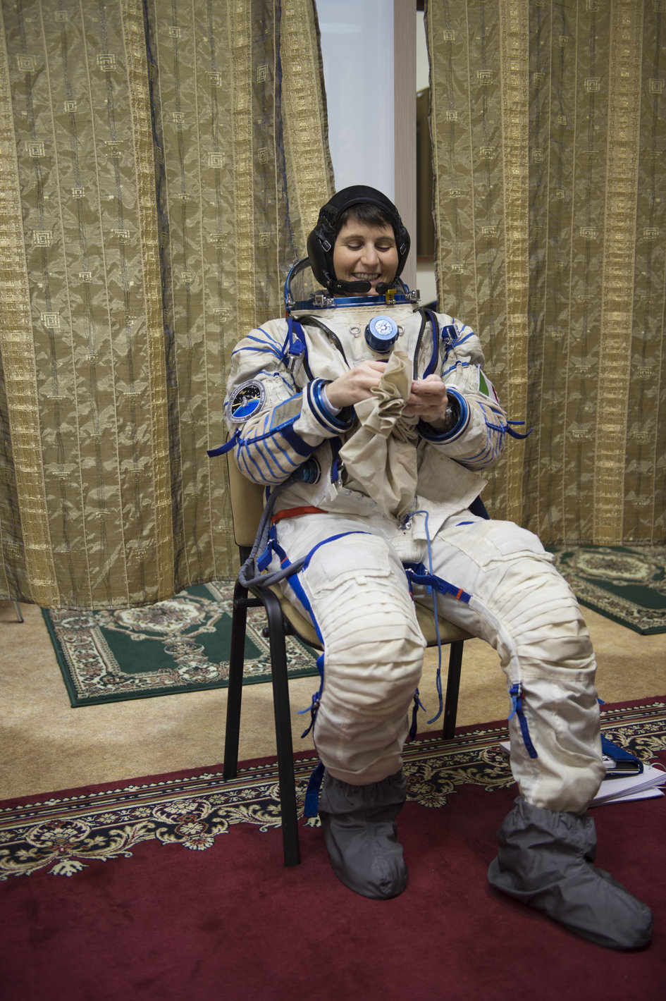 her space suit - photo #27