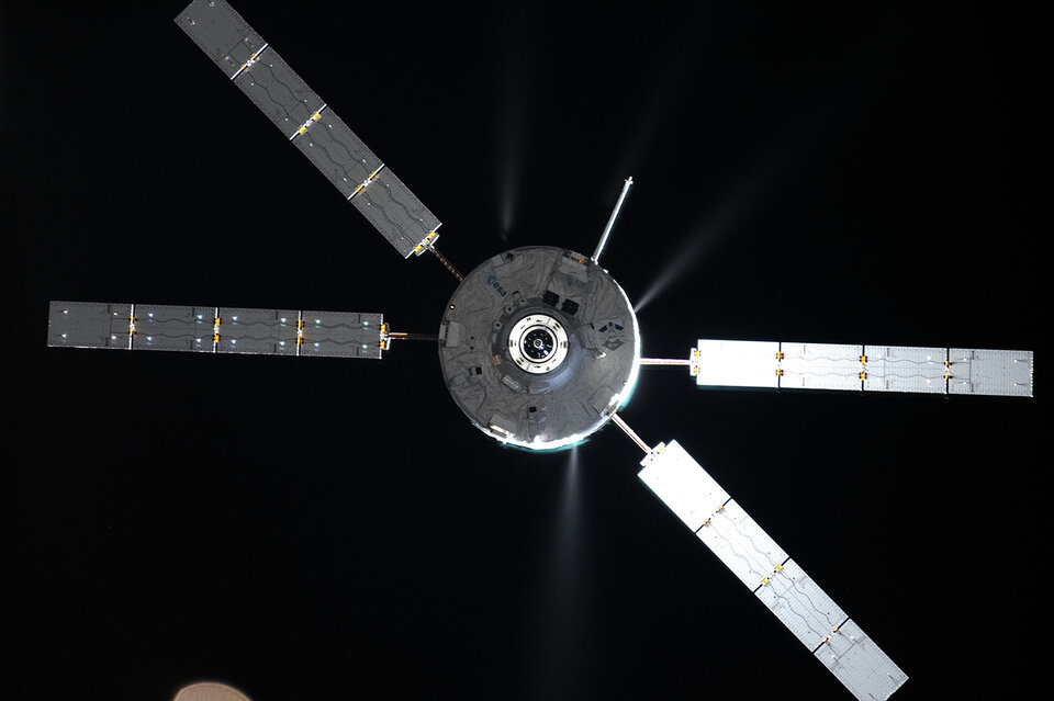 ATV-5 approaching Station