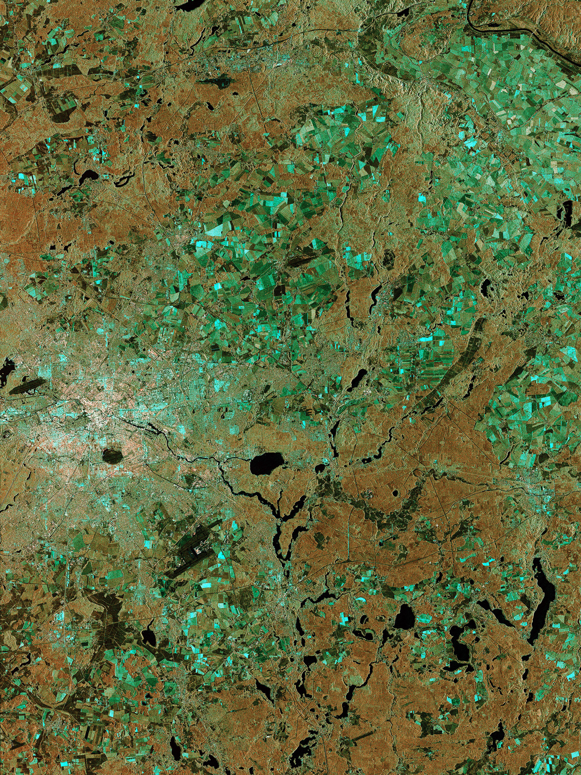 Berlin from Sentinel-1A via laser