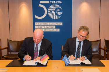 Signature ESA/Germany Collaborative Ground Segment agreement