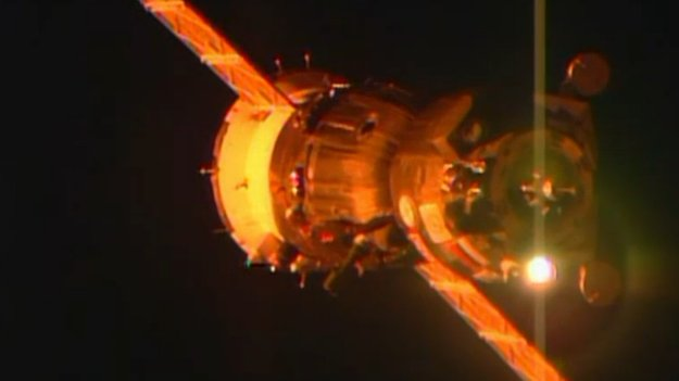 The Soyuz TMA-15M spacecraft approaches the International Space Station. The spacecraft lifted off at 20:59 GMT on 23 November (21:59 CET; 02:59 local time 24 November) and reached orbit nine minutes later.