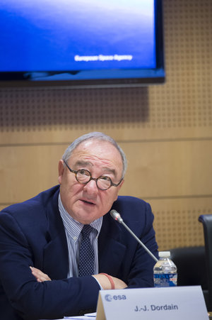 Jean-Jacques Dordain during the annual press briefing on 16 January 2015