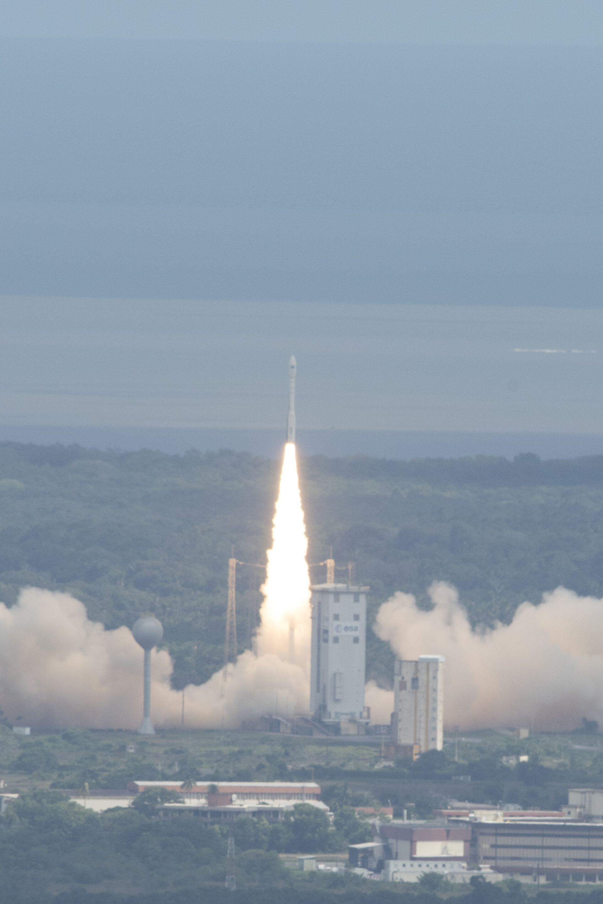 Vega VV04 liftoff with IXV spaceplane