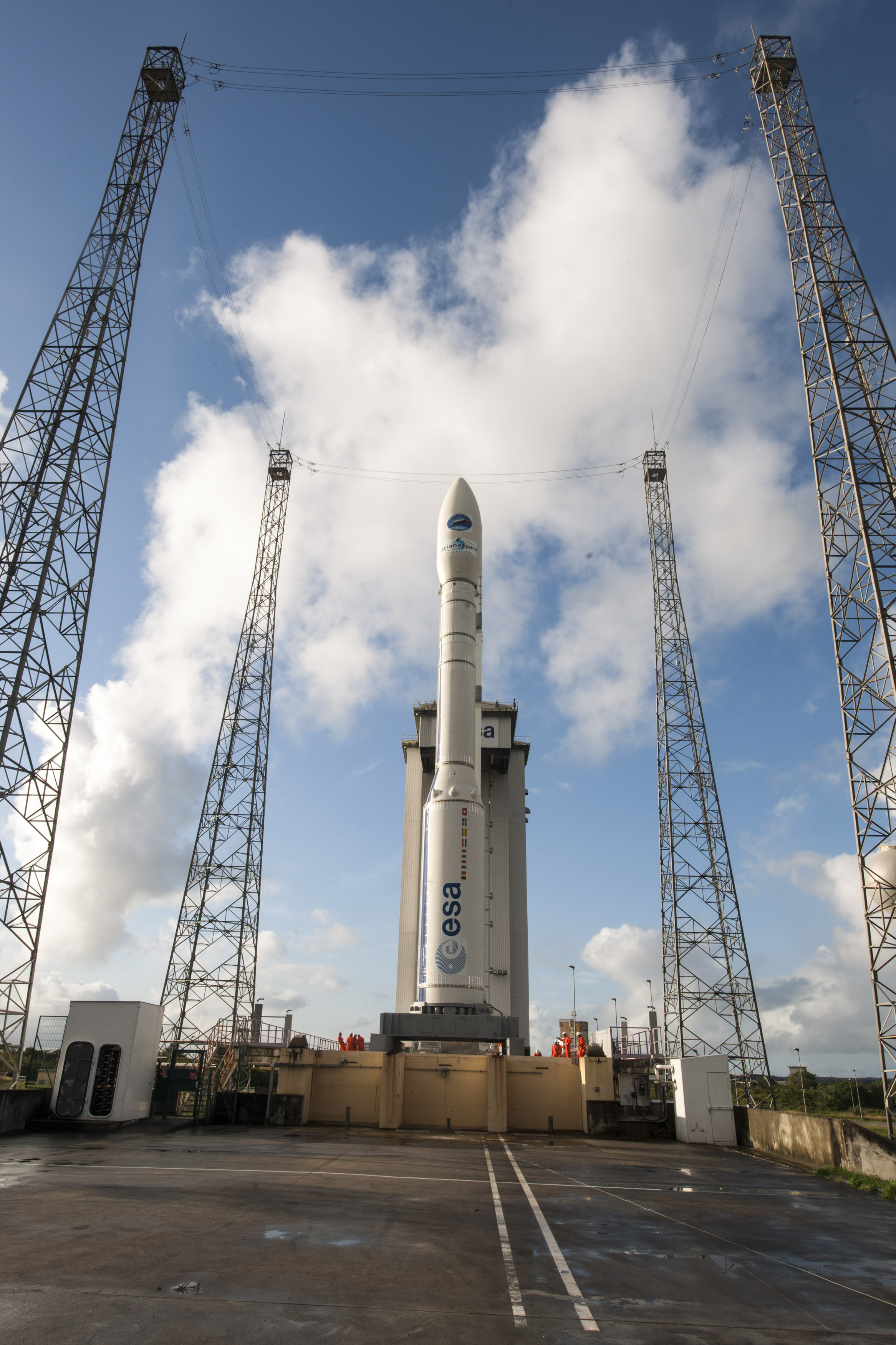Space in Images - 2015 - 02 - Vega VV04 on launch pad