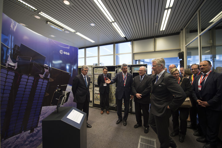 Franco Ongaro presented the PROBA satellite control centre
