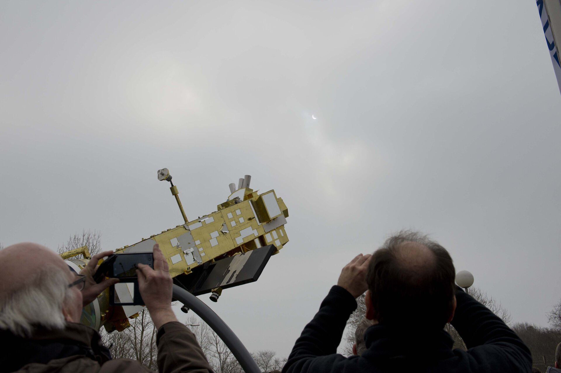Solar eclipse at ESTEC