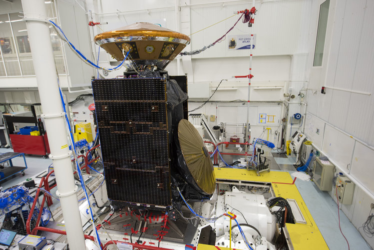 ExoMars TGO and EDM modules during vibration testing