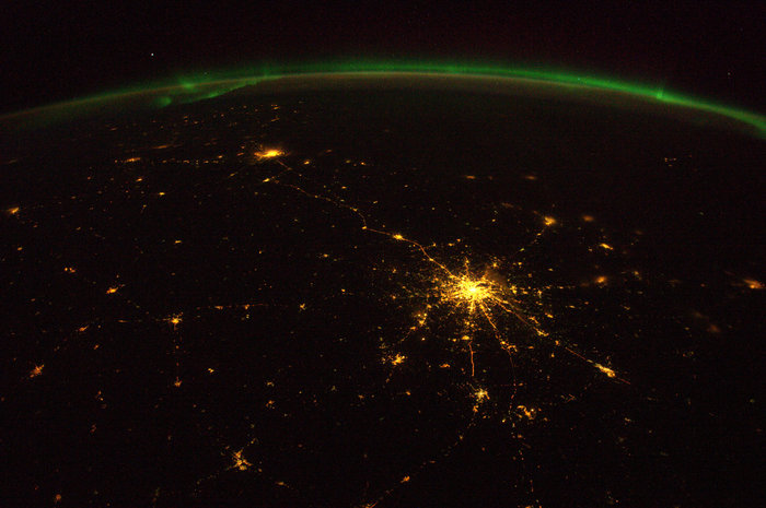Space in images - 2015 - 04 - the road from moscow to st. petersburg