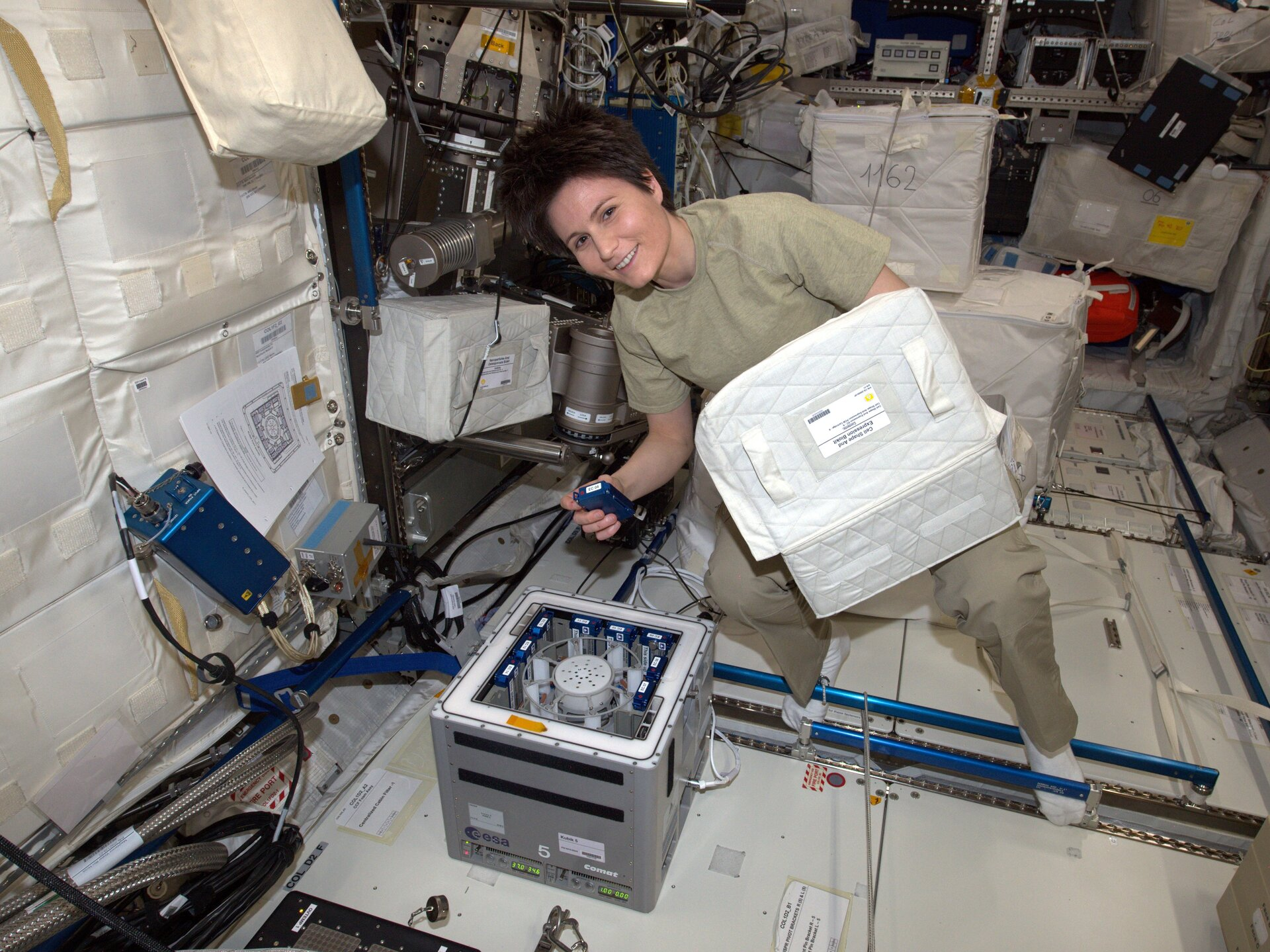 Working with ESA's Kubik centrifuge