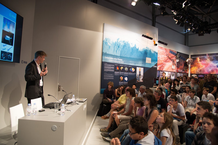 IXV mission presented at the ESA Pavilion