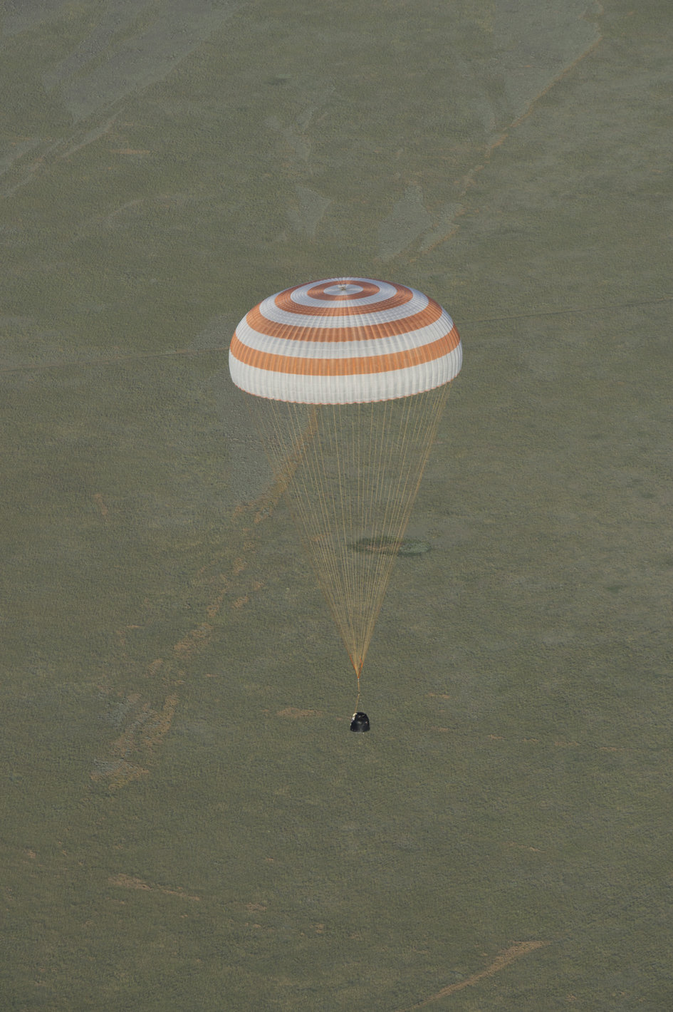 Landing of the Soyuz TMA-15M spacecraft