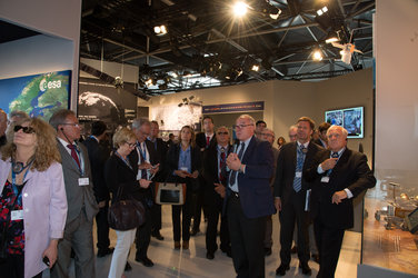 Members of the French Parliament visit the ESA Pavilion