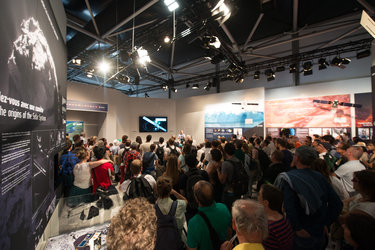 Rosetta presentation at the ESA Pavilion