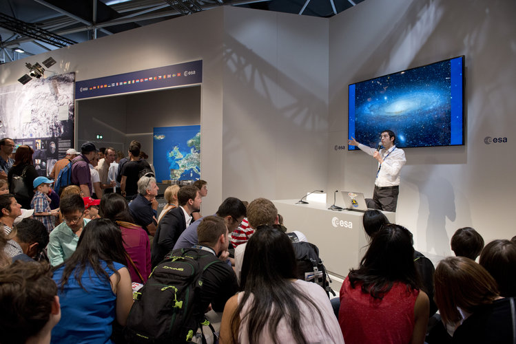 Space Quiz during the Public Day at the ESA Pavilion