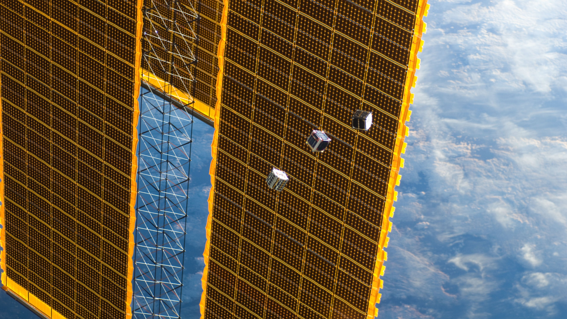 Be the first to catch the signals from a new Satellite in