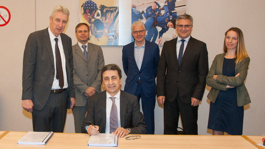 Signature of the ESA/Europropulsion Work Order